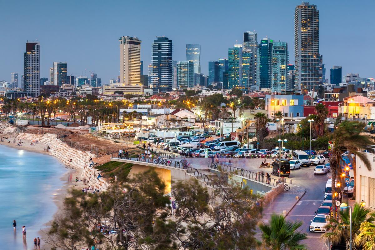 Izrael - Page 4 Tel_Aviv_Adobe